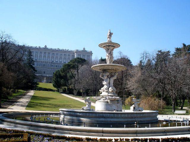 Cómo Visitar El Palacio Real De Madrid Horarios Y Tarifas Palacio Real De Madrid Palacios Madre