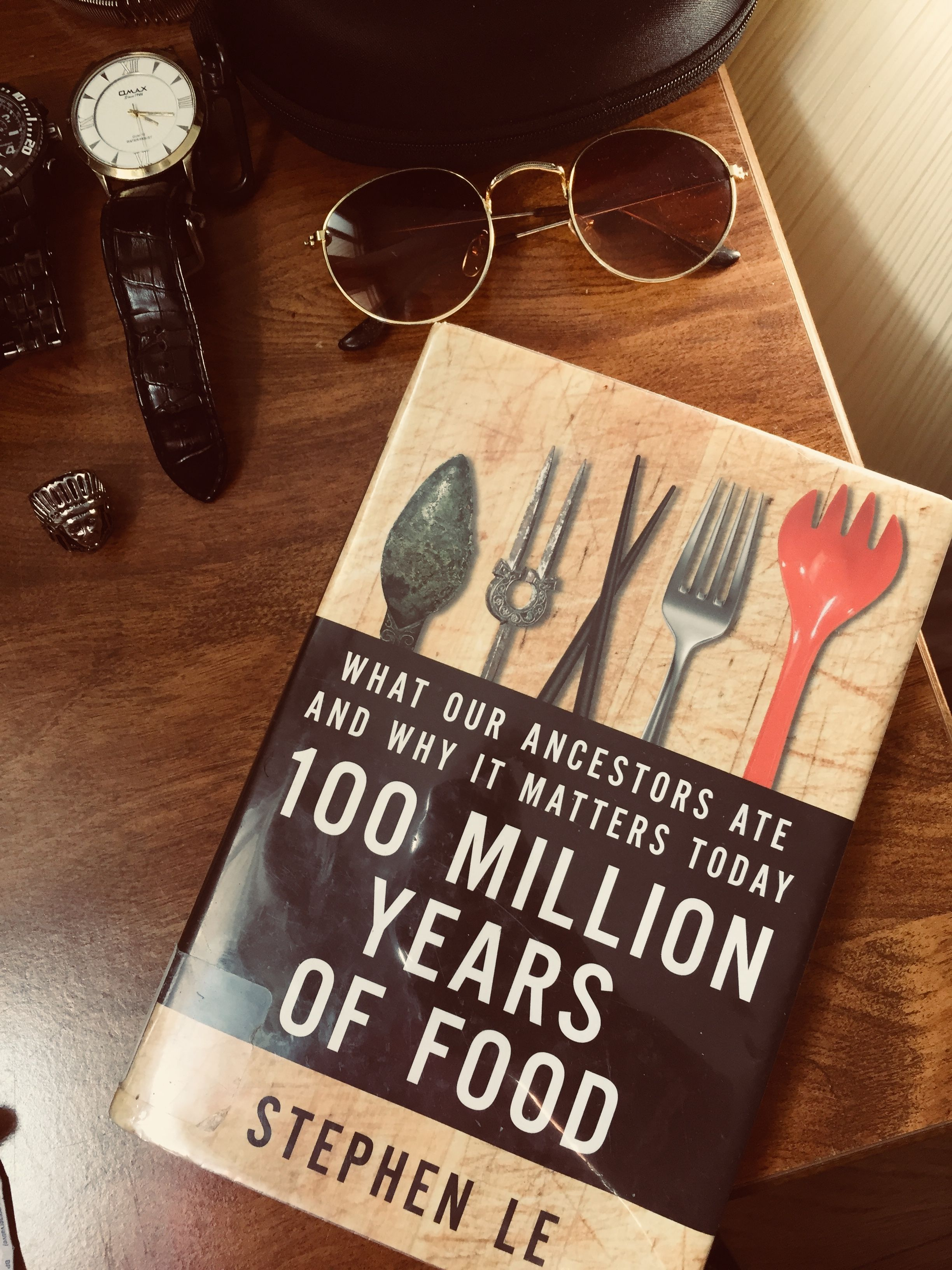 100 Million Years of Food. Stephen Le