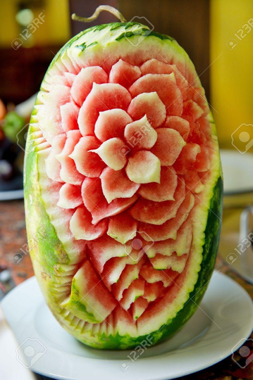 Carving food Поиск в google sculture sulle angurie pinterest
