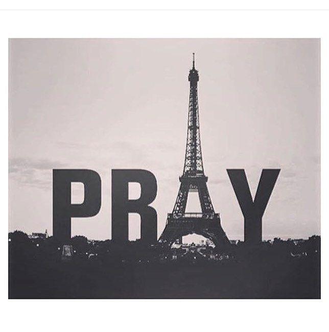 #prayforparis  by juliazardoya
