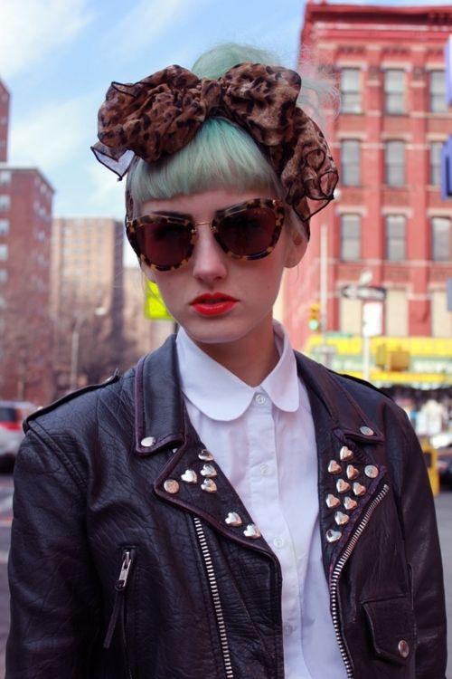 1fea050a87 Latest Sunglasses Trend For Fall 2017 - LookVine