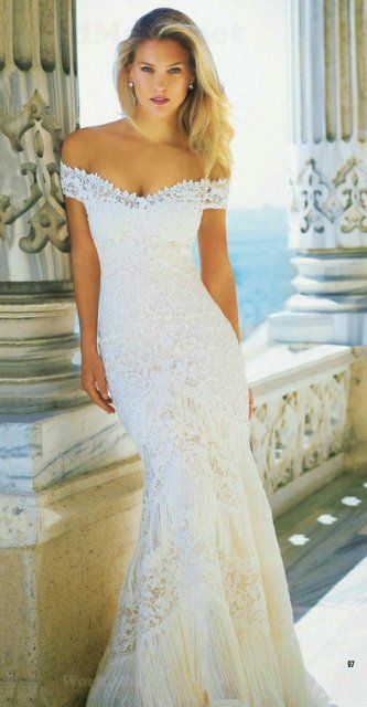 Bar Rafaeli Fotosessiya V Svadebnyh Platyah Pronovias Wedding Dresses Wedding Dresses Vintage Designer Wedding Dresses