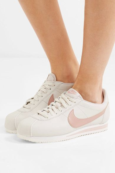 check out e0520 64669 Nike - Classic Cortez Leather Sneakers - Beige
