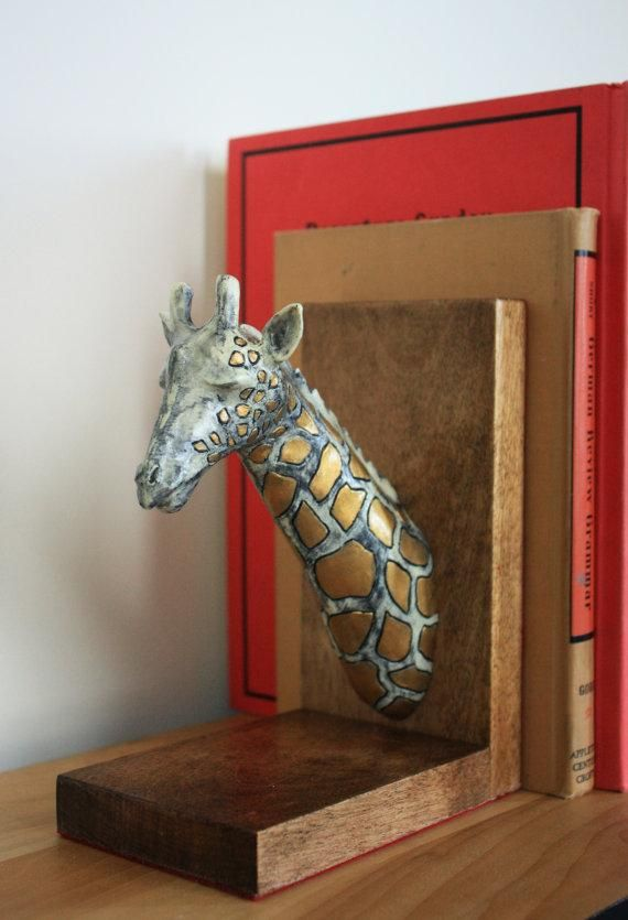 Decorative Objects Living Room: Giraffe Bookends - White With Gold Spots