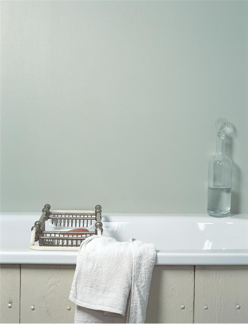 Farrow Amp Ball Inspiration Bathroom In Teresa S Green