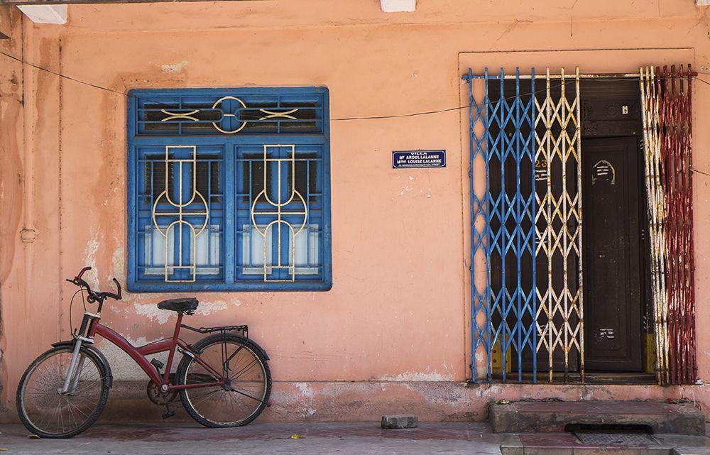 Tricoleur doorway, Pondicherry, India