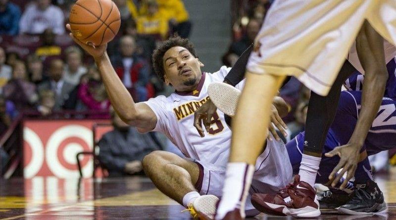 Minnesota Golden Gophers vs  Northwestern Wildcats, NCAA Basketball