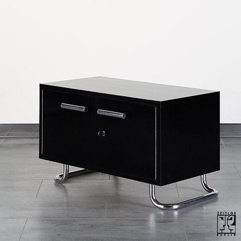 funktionalistisches sideboard zeitlos berlin m bel pinterest. Black Bedroom Furniture Sets. Home Design Ideas