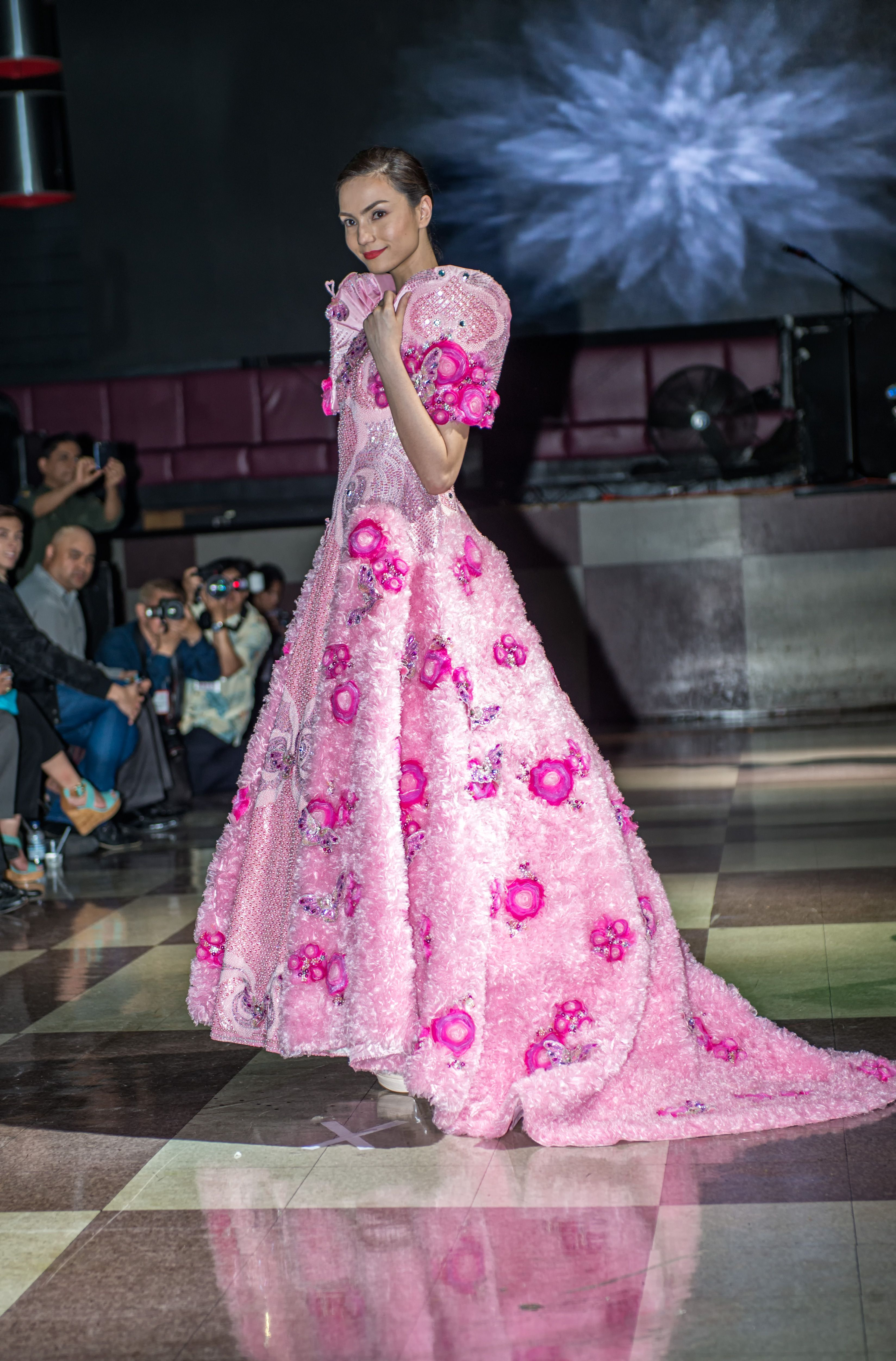 CPFW2014 Independencia: Filipino Pride + Style showcases the work of ...