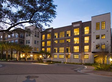 Camden City Center With Images Furnished Apartment Houston Apartment Corporate Apartments