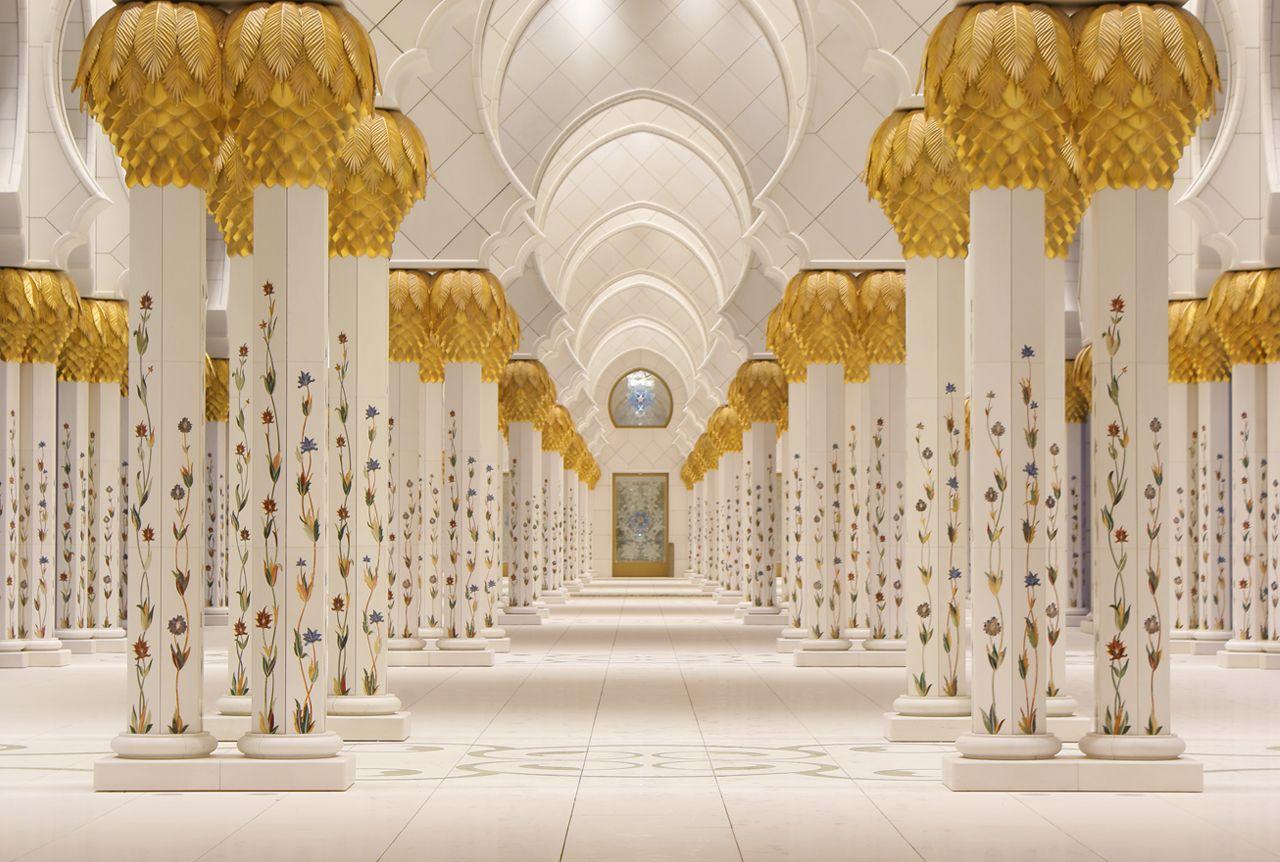 Sheikh Zayad Grand Mosque Abu Dhabi Sheikh Zayed Grand Mosque Mosque Beautiful Mosques