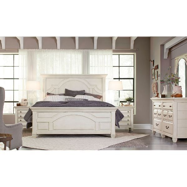 Affordable Contemporary Bedroom Furniture: Clearance White Classic Cottage 4 Piece King Bedroom Set