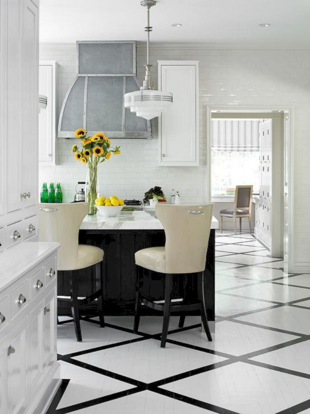 Astounding 30 Most Popular Kitchen Design With Black White Flooring Ideas Https Usdecorating Com White Kitchen Floor Kitchen Flooring Popular Kitchen Designs