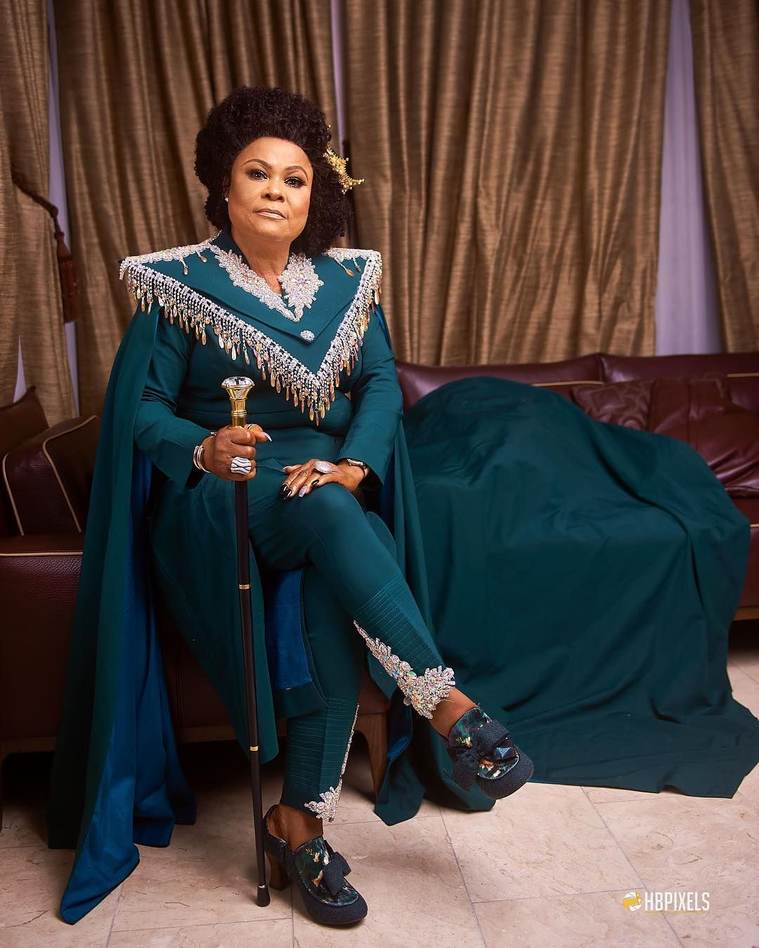 Beautiful nollywood actress Sola Sobowale looks absolutely beautiful to  King of boys Movie Premiere. | Elegant outfit classy, Fashion, Elegant  outfit
