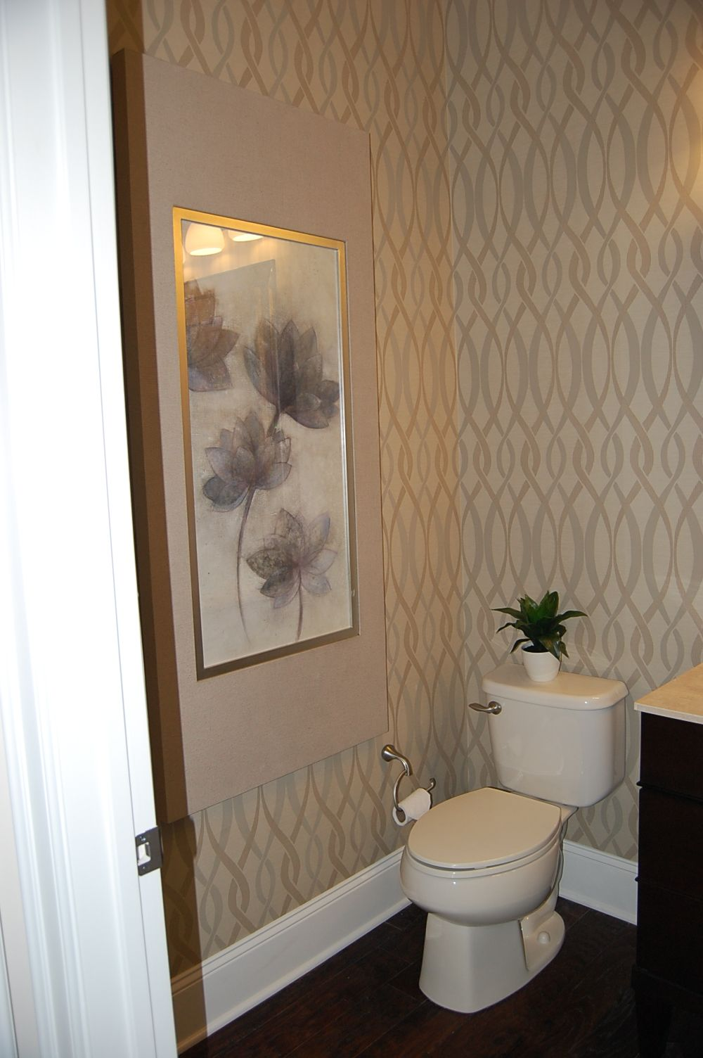 Wall paper for powder roomMORE COLOR Powder room