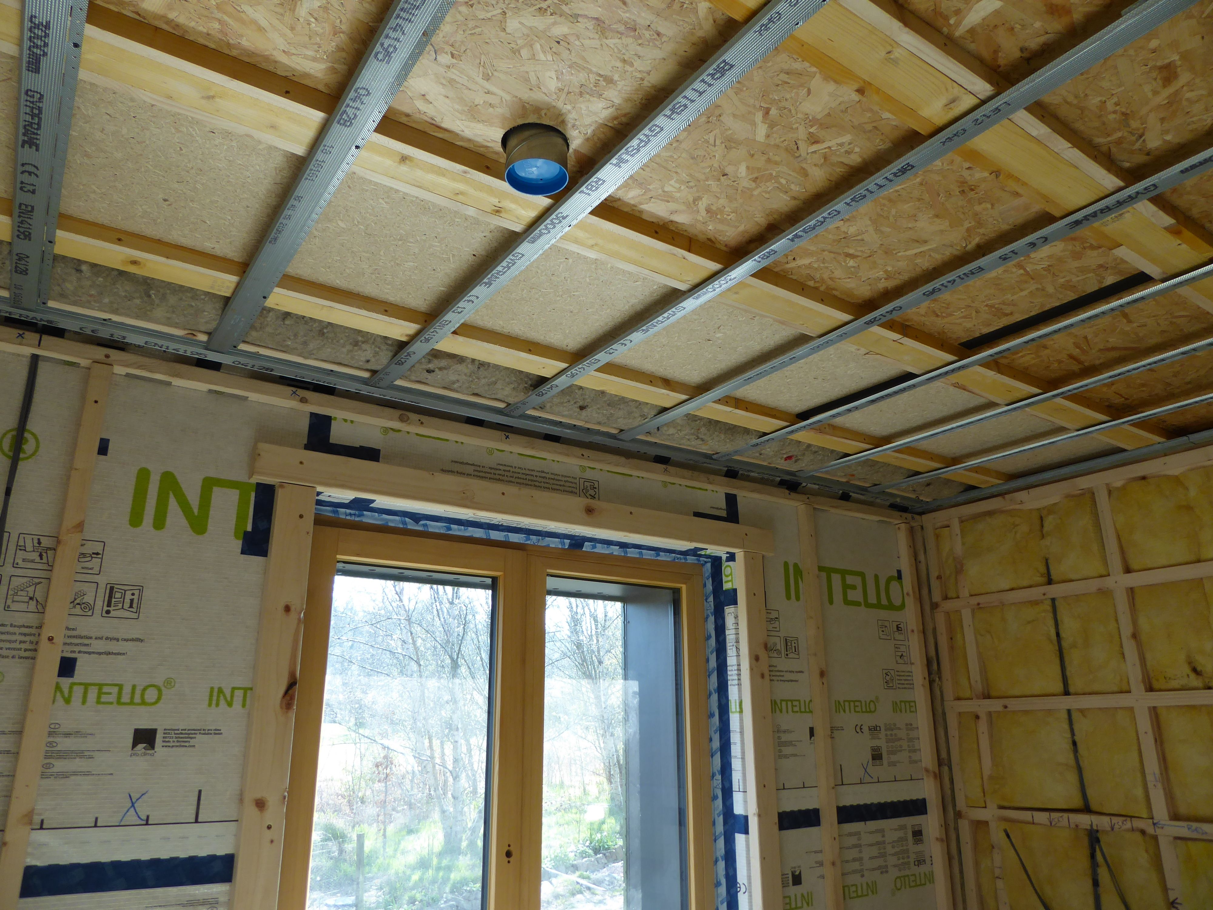 Fixing Metal Resilient Bars To Form Ceiling Under First