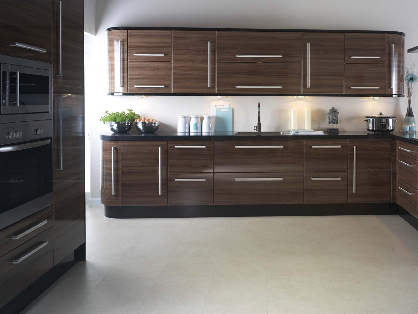 Best Details Replacement Kitchen Doors Apollo Walnut Gloss 400 x 300