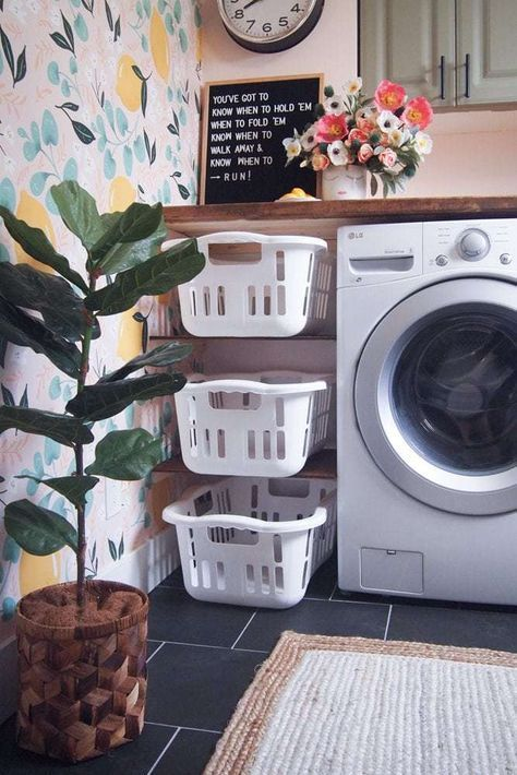 Laundry room with pink walls, green and lemon