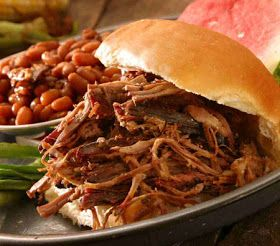 Recipe Source Online: Crockpot Recipes - Easy Recipe for Slow Cooked Pulled Pork