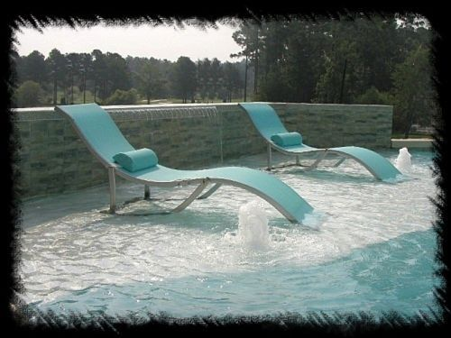 Backyard pool ideas on pinterest splash pad pool for Pool design with tanning ledge