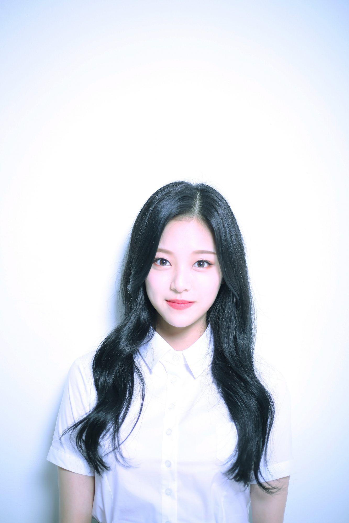 LOONA Debut ++ HR/HD Profile Photos | loona | Korean girl groups