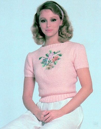 Shelley Long Nude Photos 45