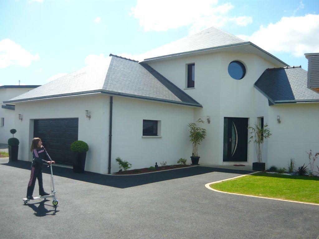 Voie Allee Enrobee Voie Allee Enrobee St Thonan Finistere 29 Mai Amenagement Jardin Devant Maison Entree De Maison Exterieur Entree Maison