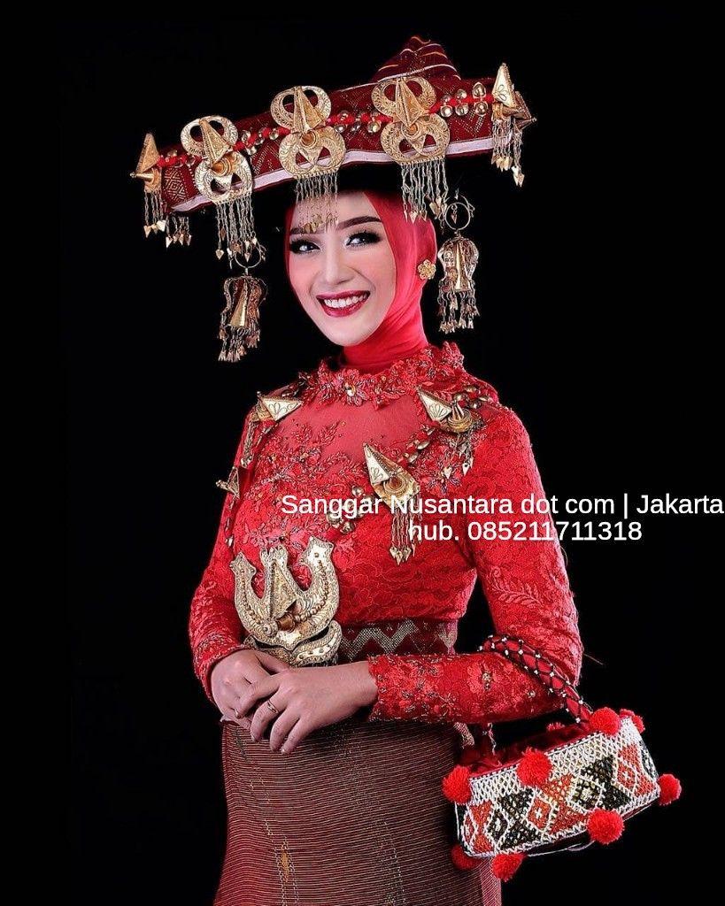 Provinsi Sumatera Utara Pakaian Adat