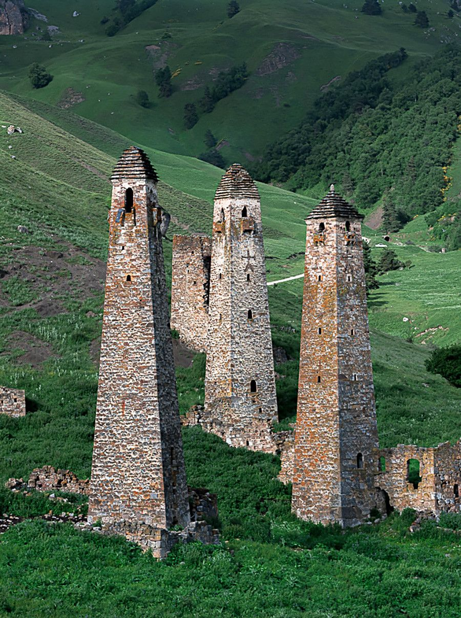 460 Towers Ideas In 2021 Tower Castle Small Castles