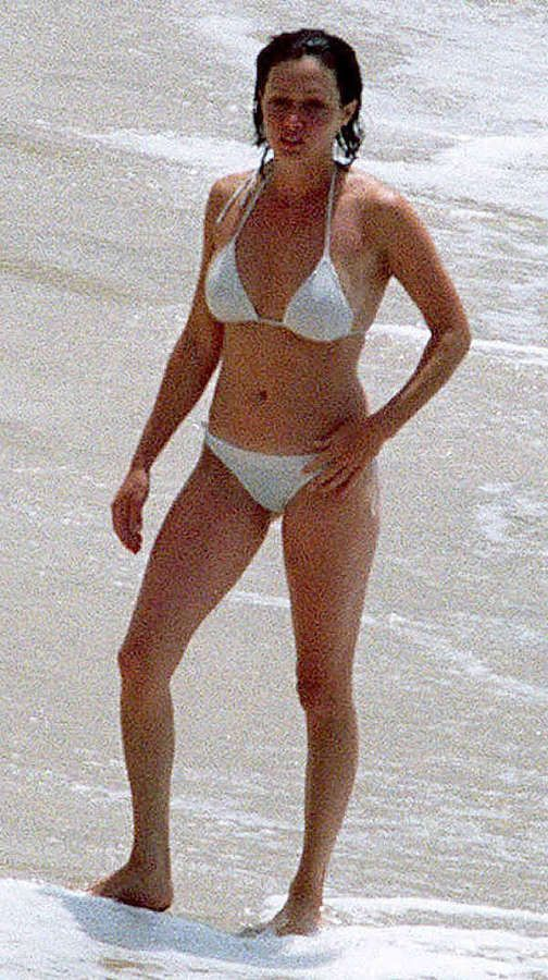Image Result For Shannen Doherty Bikini Shannen Doherty