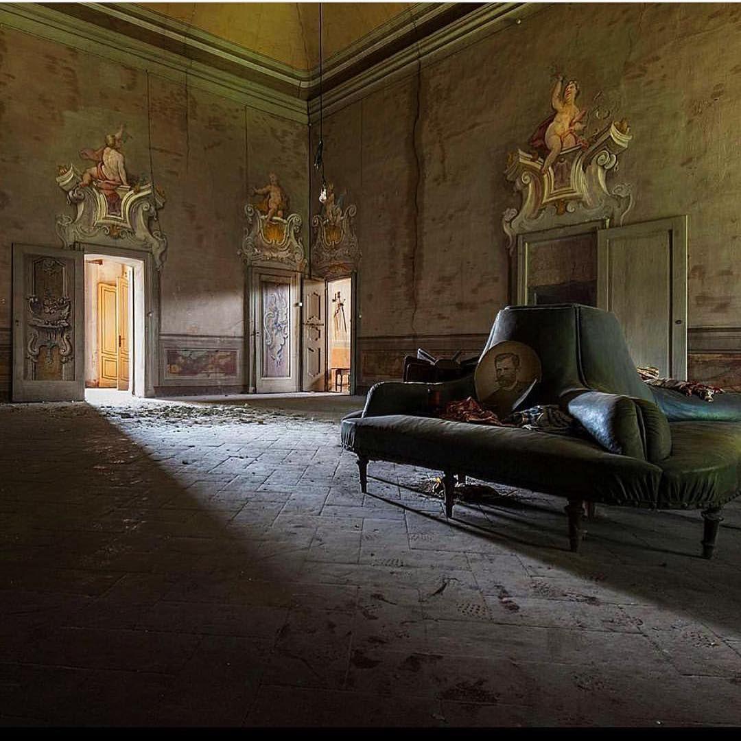 Grand Room By Photgrapher Eleonora Costi Source: Sandy