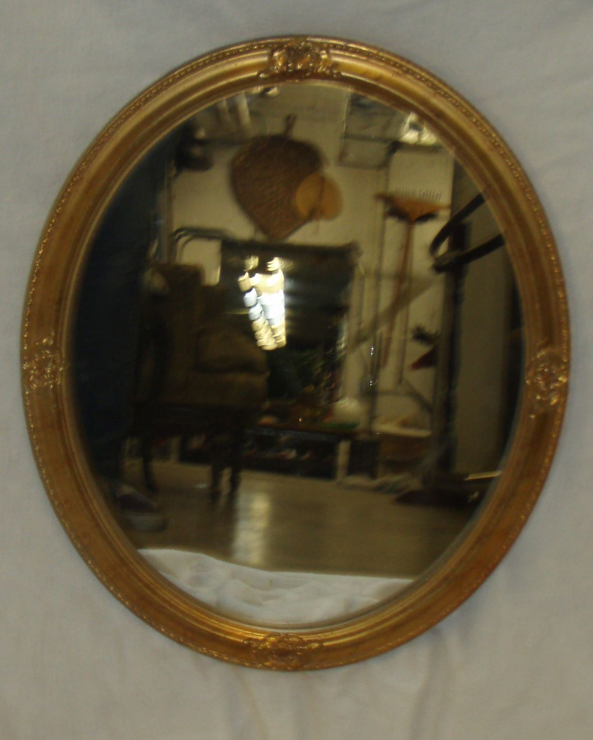 Gold Oval Wall Mirror (throne room)