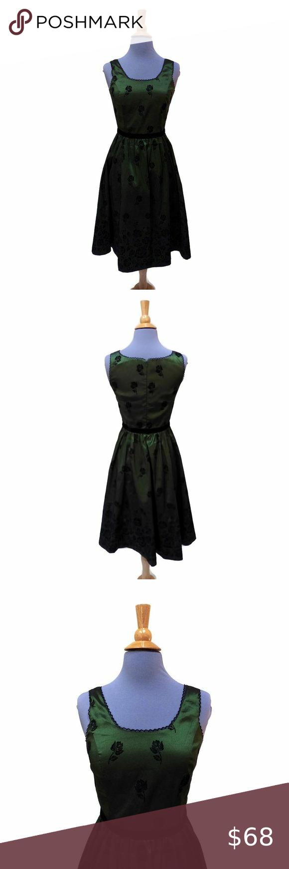 Twilight Bella Swan New Moon Dress Green Taffeta Moon Dress Green Dress Dresses [ 1740 x 580 Pixel ]