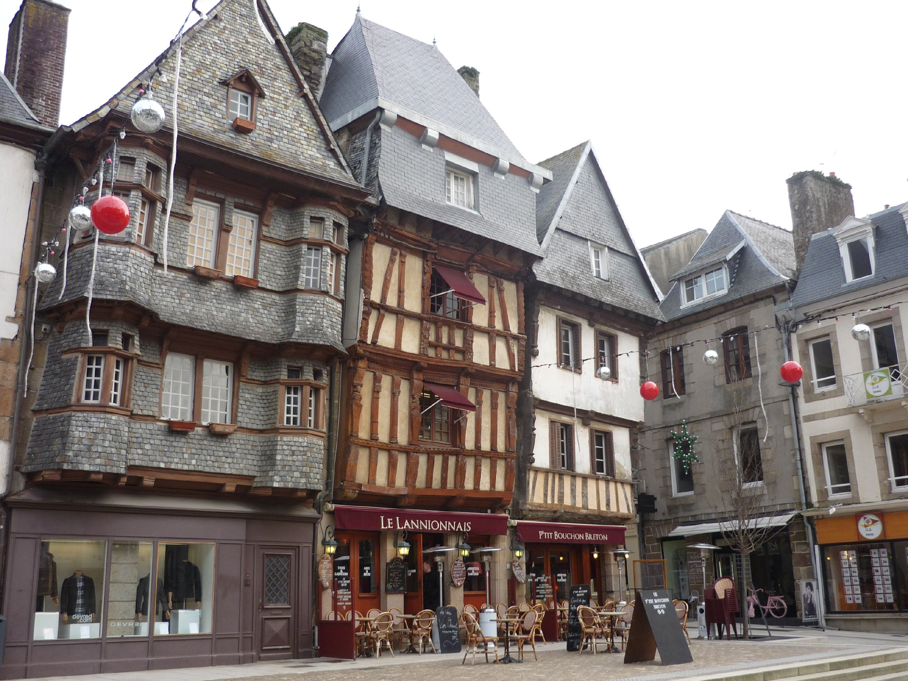lannion france place du centre a lannion bretagne. Black Bedroom Furniture Sets. Home Design Ideas