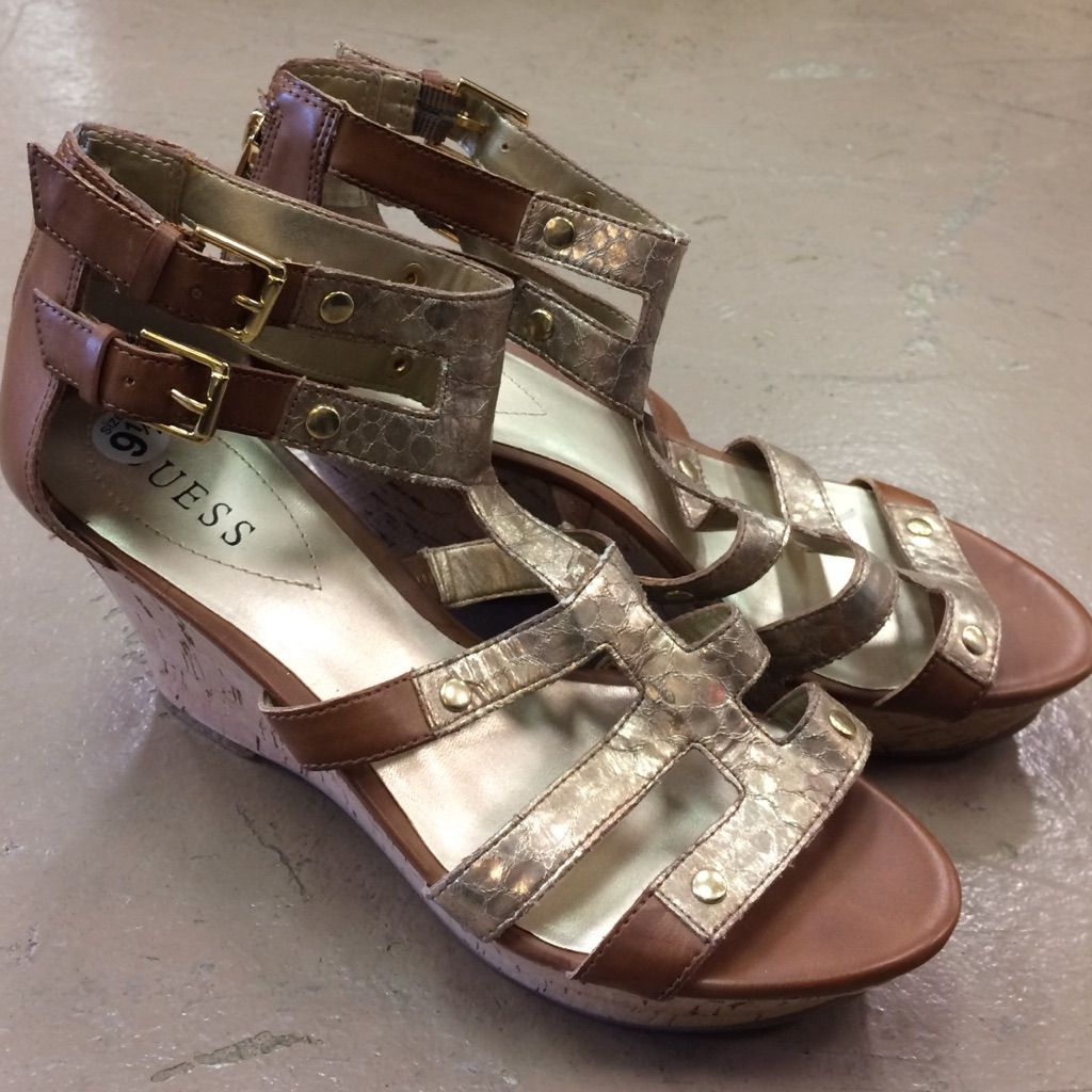Guess Woman'S Size 9.5 Wedges Super Cute