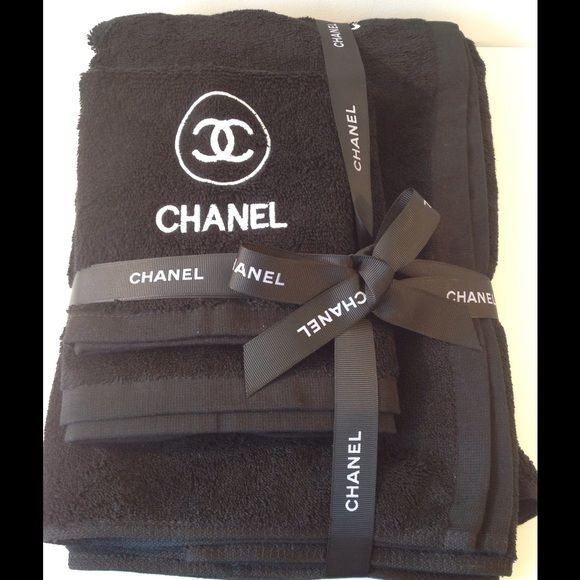 Chanel Set Of 3 Towels Brand New Chanel Vip Gift High
