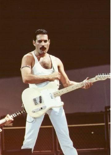 Live Aid 1985 Crazy Little Thing Called Love Freddie Freddie