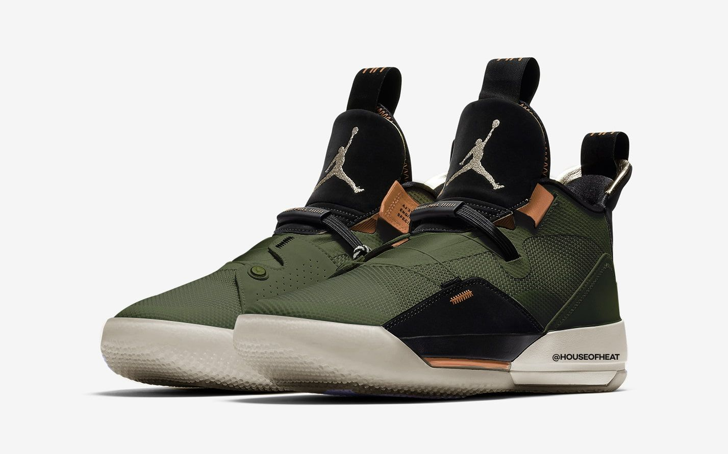 the cheapest official images first look First Looks at the Travis Scott x Air Jordan 33 👀 - HOUSE ...