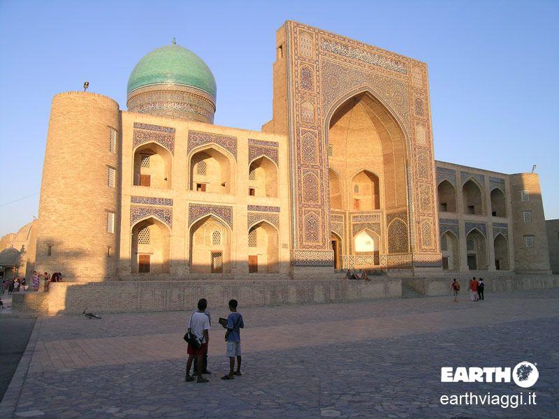 Via della Seta, #Uzbekistan.  Scopri di più su http://www.earthviaggi.it/viaggi_viadellaseta_uzbekistan.php