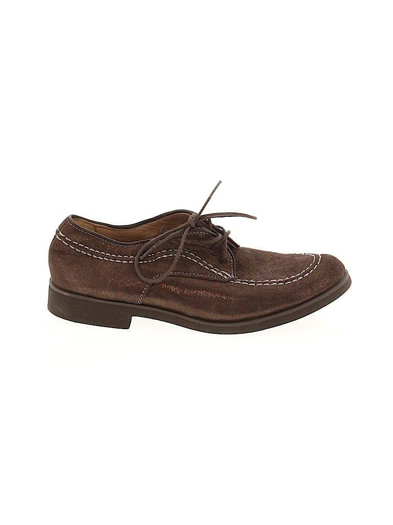 Hush Puppies Flats Brown Solid Shoes Size 6 In 2020 Hush Puppies Chukka Boots Shoes