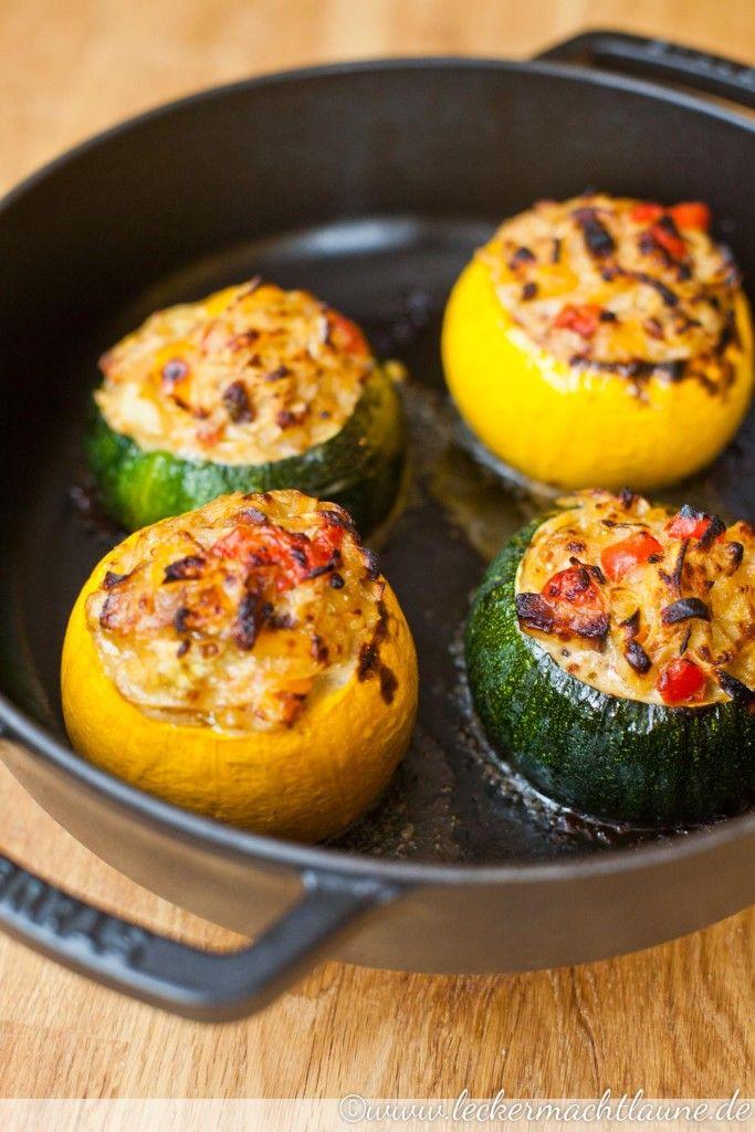 Gefüllte Ofen-Zucchini   lecker macht laune