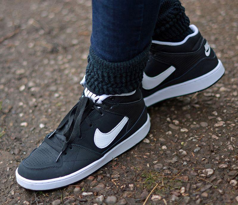 Denim skinnies and Nike hitops Nike hi tops, Denim