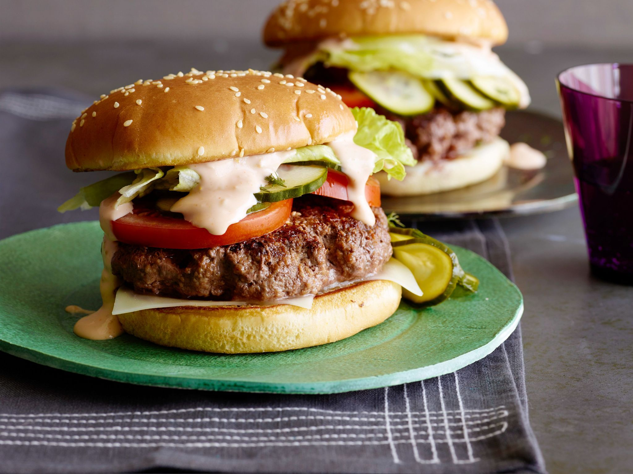 Griddle burger with 18000 island dressing and quick pickles recipe griddle burger with 18000 island dressing and quick pickles recipe from jeff mauro via food network forumfinder Image collections