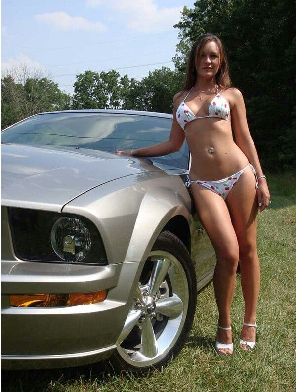 Warm Nudes Girls In Ford Mustang Jpg
