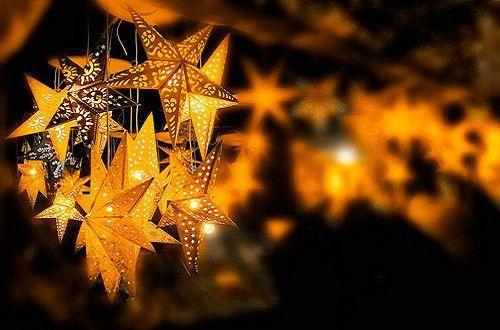 和星星说晚安。养成安睡/早起好习惯的温馨贴士