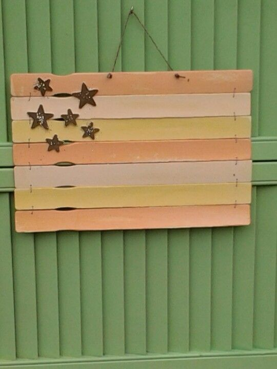 Just finished this and added it to my outdoor hanging shutter.