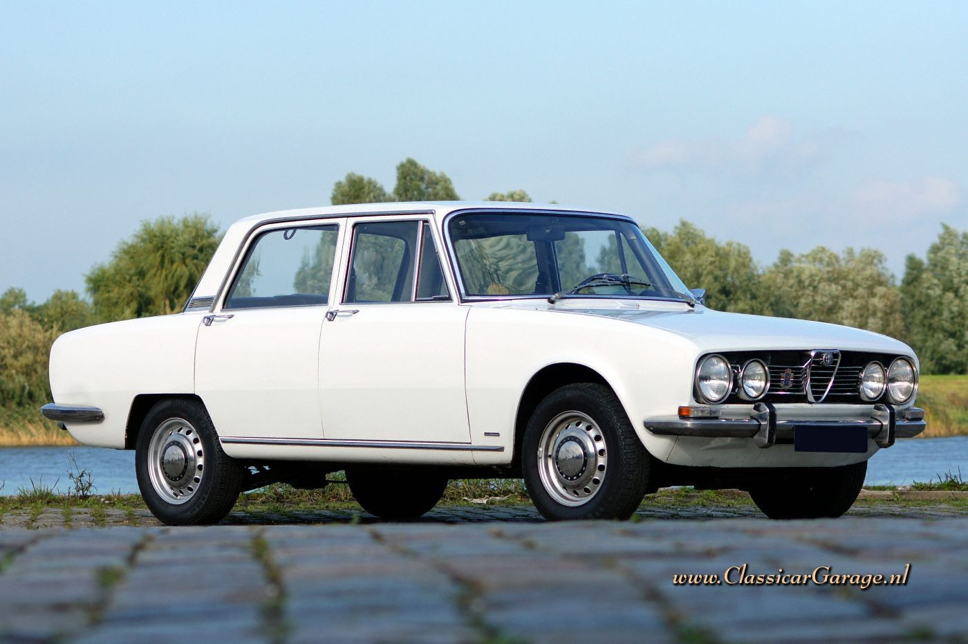 1969 Alfa Romeo Berlina Arguably One Of The World S First Sports Sedans