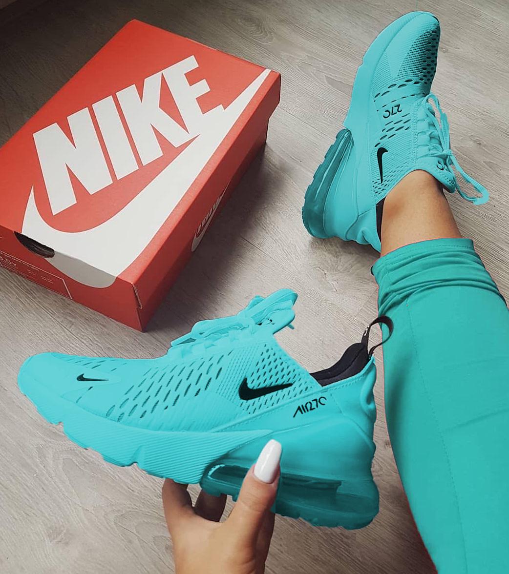 Pin van Chade op Nike (met afbeeldingen)   Nike schoenen