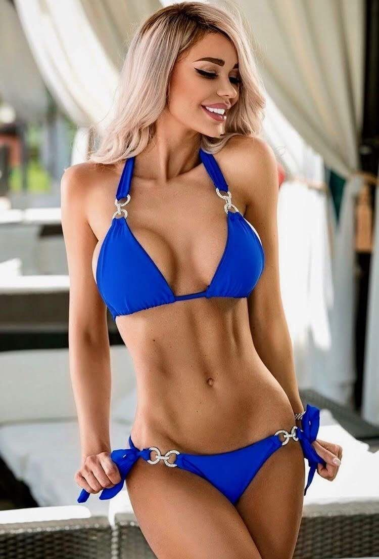 3 Home Decor Trends For Spring Brittany Stager: Hot Blonde Bikini Girl – HotPins Bikini Babes