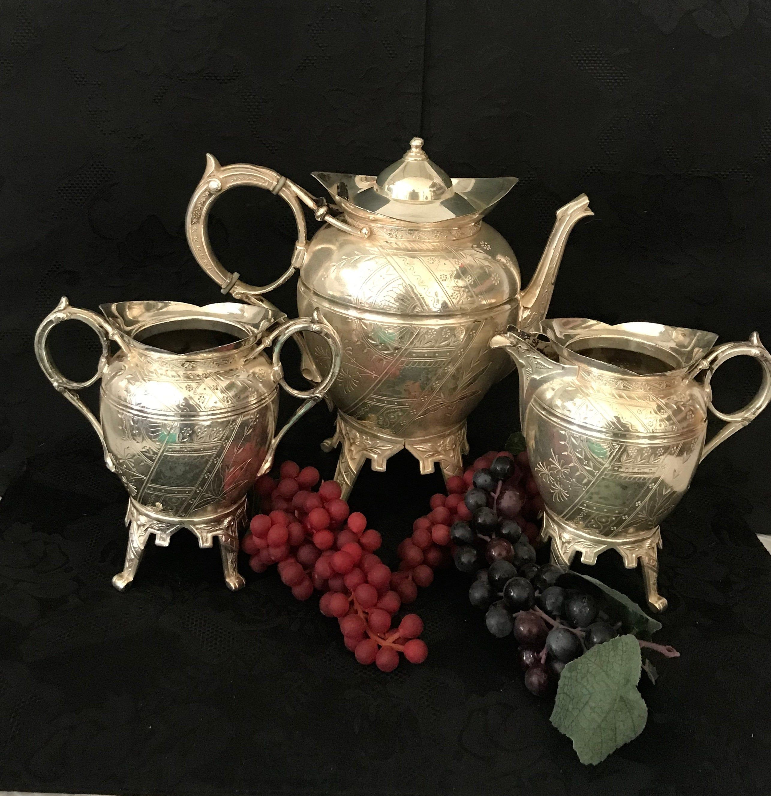 Teapot set service silver dinnerware tea kettle coffee pot creamer / sugar bowl 1893 1/2  Meriden Britannia Co Victorian turn of the century #teapotset